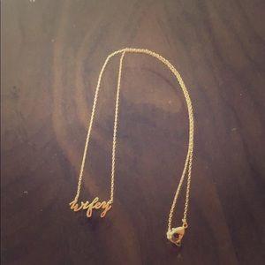Jewelry - Gold wifey necklace